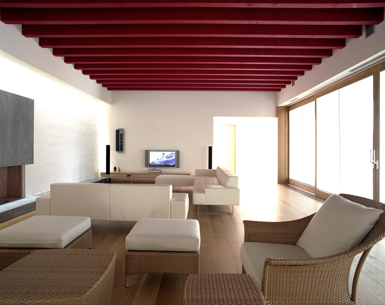 Vista del soggiorno con vetrata prestinenza